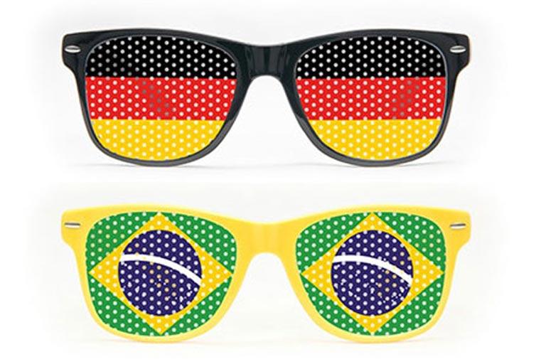 Fanbrillen als Werbegeschenk zur WM