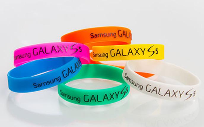 Stylische Armbänder mit Ihrem Firmenlogo
